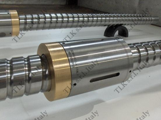 Vite a sfere rettificata TLK filetto sinistro con madrevite doppia cilindrica e anello in bronzo ad effetto an